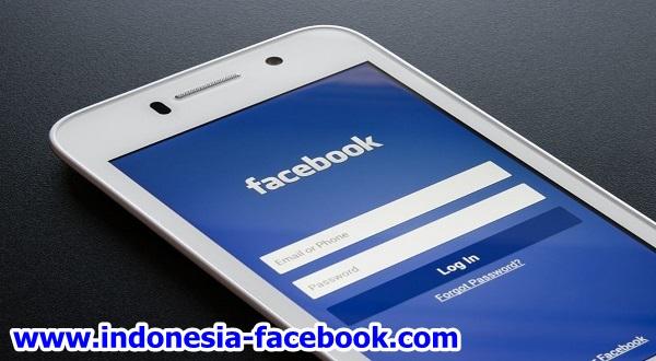 Sik Asyik Facebook-an Di Seluler Saat Ini