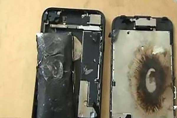 Kumpulan Kasus Berbagai Merk Smartphone Meledak