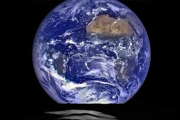 KEREN ! Begini Wujud Bumi Jika Dilihat dari Bulan